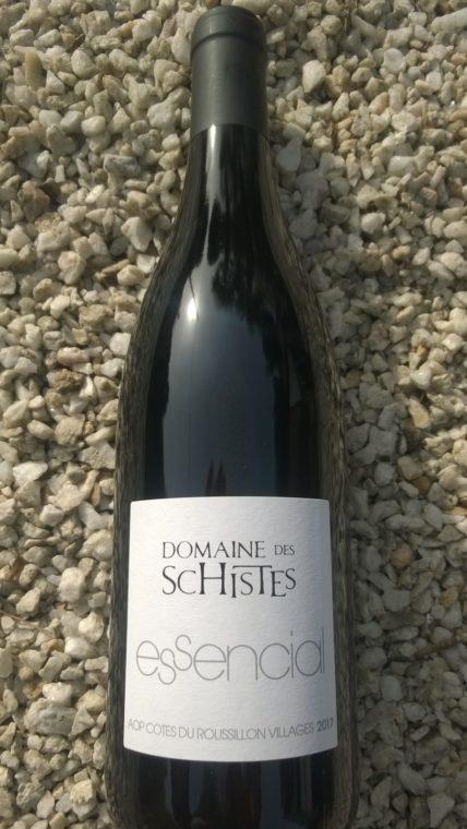 domaine-des-schistes-roussillon-villges-tautavel-agly-vallee-maury-essencial-caunes-joffre-devant-le-mas-coumeille-illico-blanc-rouge (4)